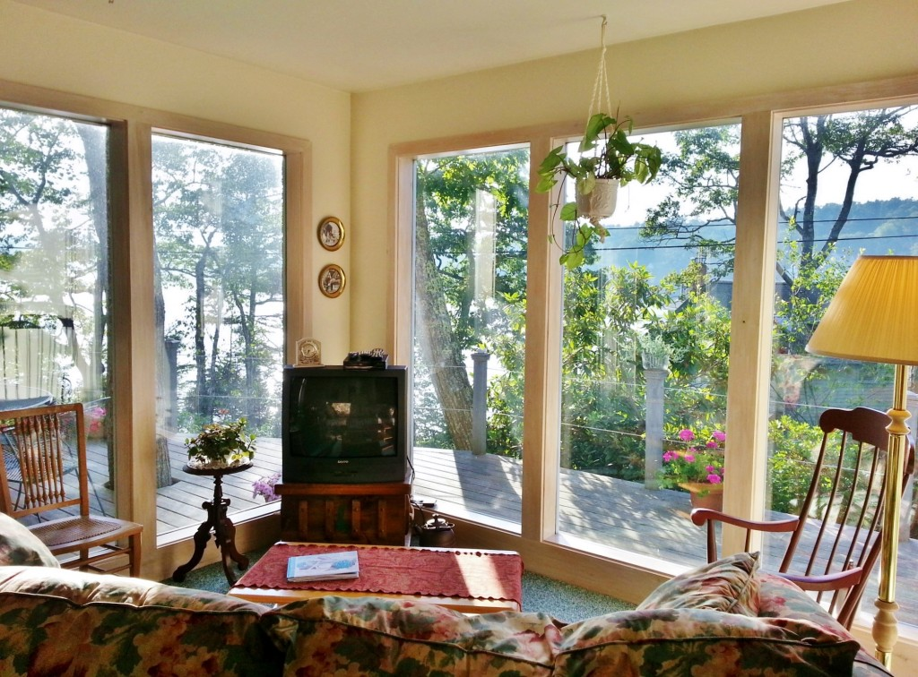 View from the livingroom of Paradise Cottage